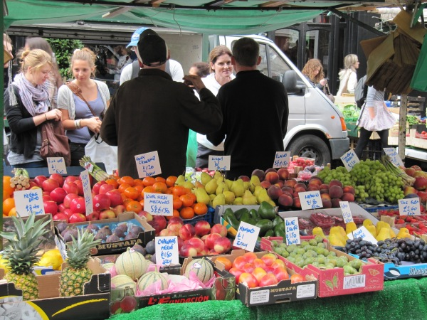 The market, Portobello Road.