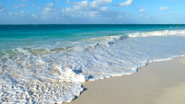 The gorgeous beach in Turks & Caicos